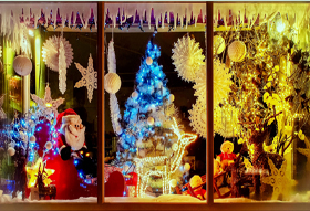 Foam window display christmas