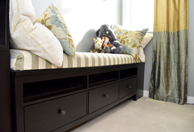 Storage bench with foam seat pad